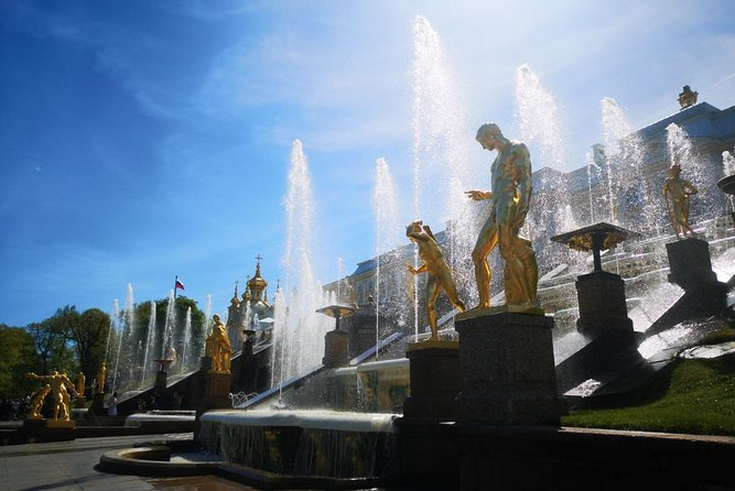 St Petersburg 2 Day Mini-Group Tour Introducing All Highlights of the City And Its Suburbs