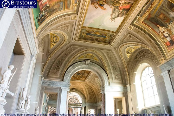 Semi Private Early Access Vatican Museums & Sistine Chapel - Pick up included photo 6