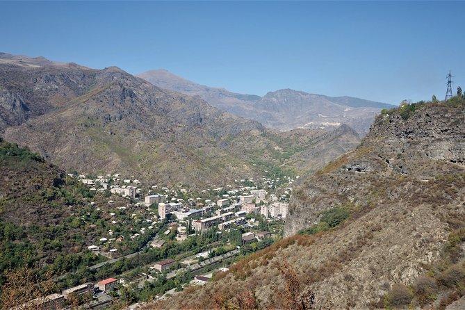 1 Day De tour to Northern Armenia from Tbilisi (Sanahin, Haghbat, Akhtala)