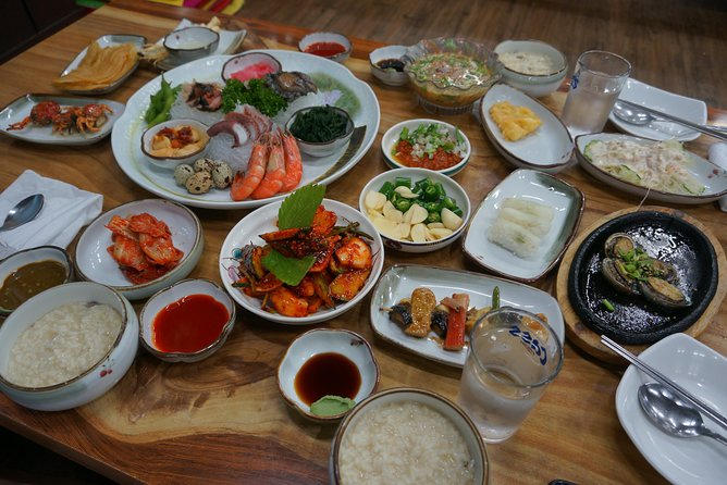 Conquer Jeju Island for 7 days (Hallasan National park and Olle Course included)