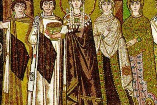 A walk through Ravenna brings the East