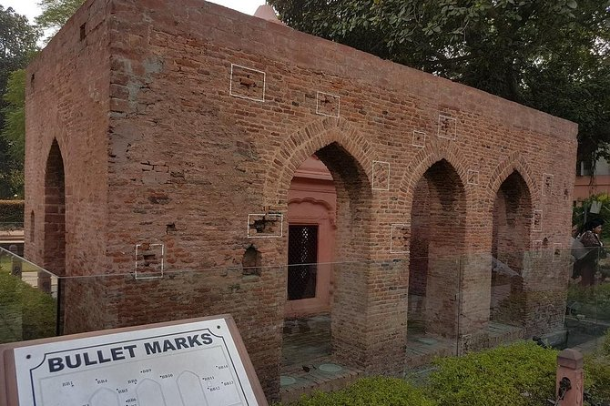 Wagah Border Excursion & Amritsar Tour