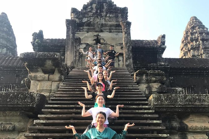 Angkor Wat Sunrise+Small Tours Shared Group