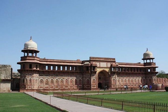 From Delhi: Taj Mahal Tour & Agra Fort By Car photo 6