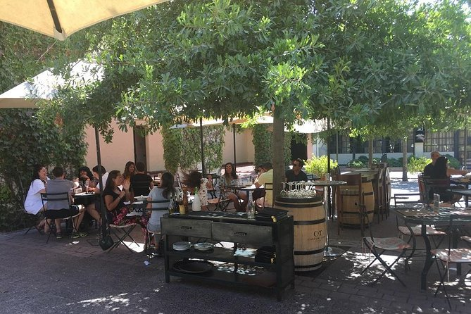 Top Class Wine Tour Concha Y Toro & Las Majadas Palace – Pirque Town