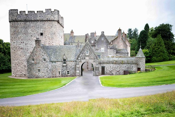 Aberdeenshire and Royal Deeside Private Half-day Castle Tour