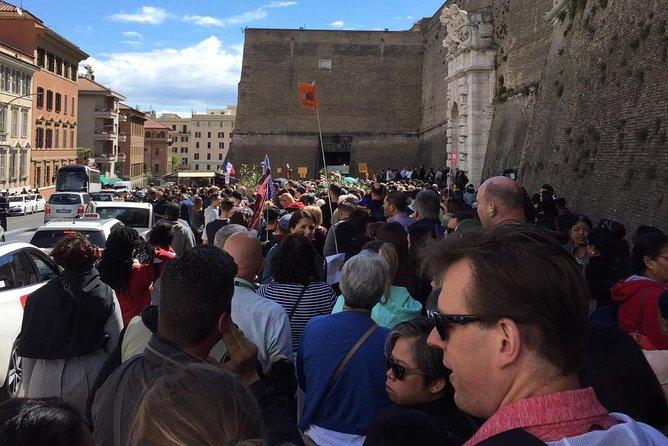 Sistine Chapel & vatican museum's advance no line tickets self guided tour.