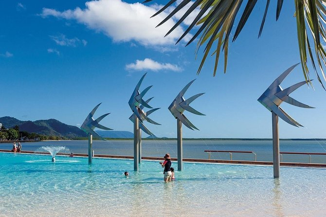 Cairns International Airport to/from Cairns City (one way transfer)