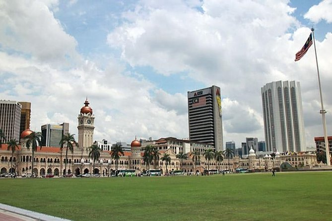 Half-Day City Tour Include Petronas Twin Towers Entrance