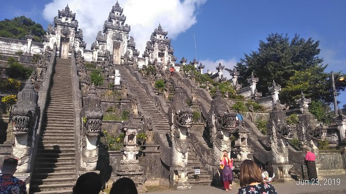 Full experience Lempuyang temple tour