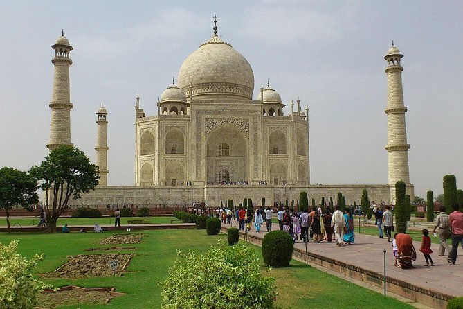 Private Taj Mahal Day Tour With Yoga Class By Superfast Train (All Inclusive)