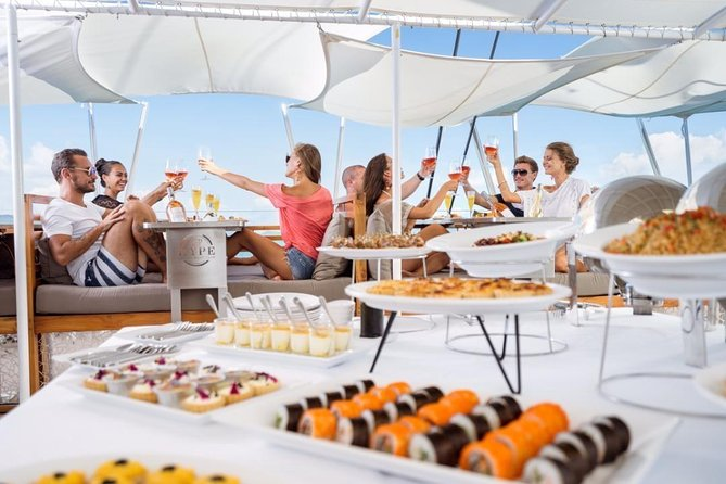 Phuket - VIP HYPE Luxury Boat Tour