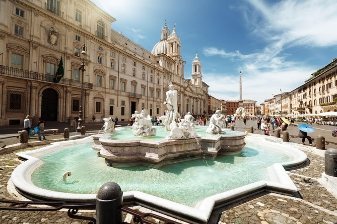 Private Piazzas of Rome Tour with Colosseum & Roman Forum