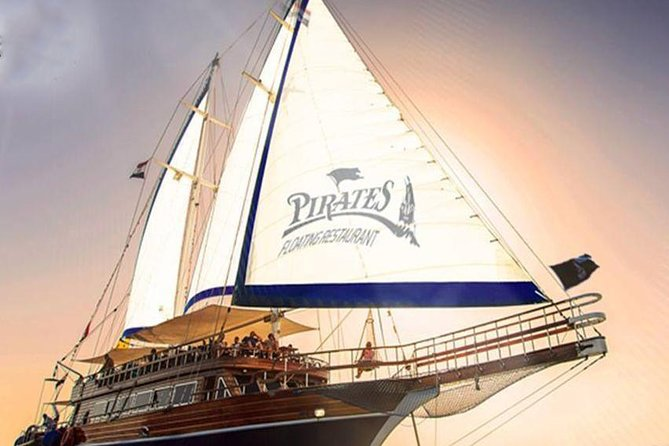 From Hurghada: Pirates Premier Sailing Boat Trip