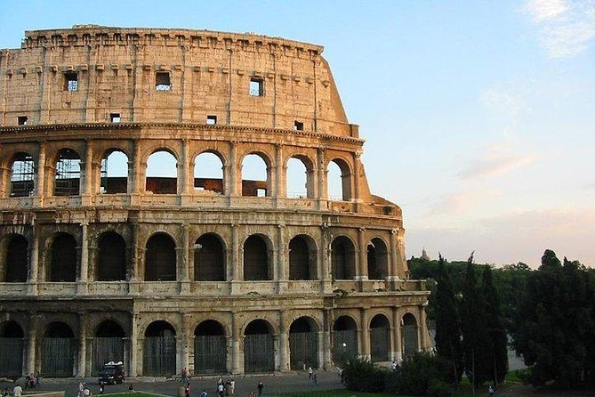 Colosseum Guided Tour Including Palatine Hill and Foro Romano