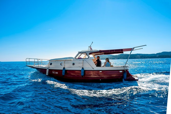 Private boat tour- explore the islands, find hidden caves and try snorkelling