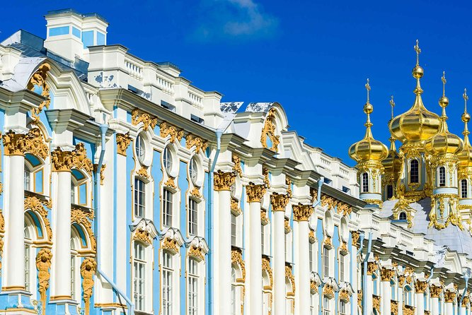 Skip-the-line: Catherine Palace and Gardens tour in Pushkin