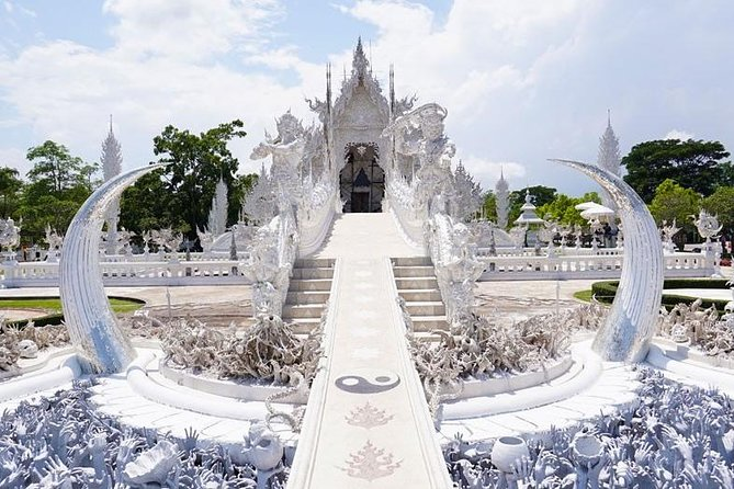Chiang Rai White and Black and Blue Temple