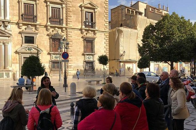 La Granada de San Juan de Dios. Circuito Albaicín-Realejo-Genil