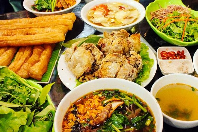 Hai Phong street food tour night life