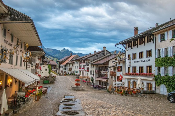 Private Exclusive Swiss Food Experience with a Local
