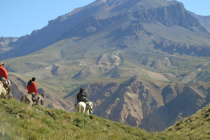 Crossing the Andes Mountain Range - 6 days photo 7