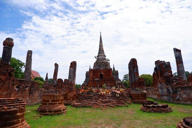 Private : Bang Pa-In Summer Palace & Ayutthaya Ancient Temples Tour