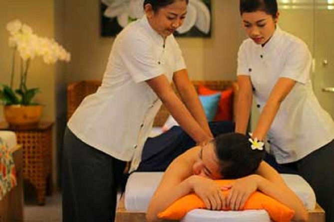 Four Hand Massage in Bali Island