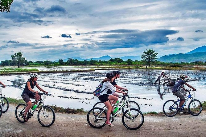 Private Morning Cycling Tour in Mandalay