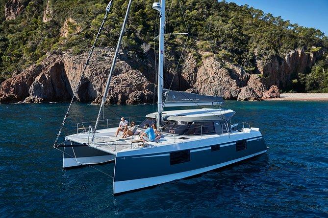 Luxury Catamaran Day Cruise: Le Morne & Crystal Rock