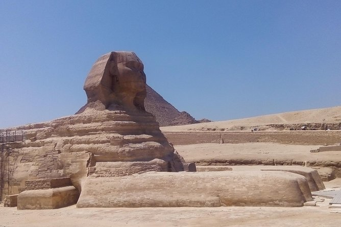 Cairo day trip by bus from Hurghada ( museum, pyramids, Sphinx and lunch)