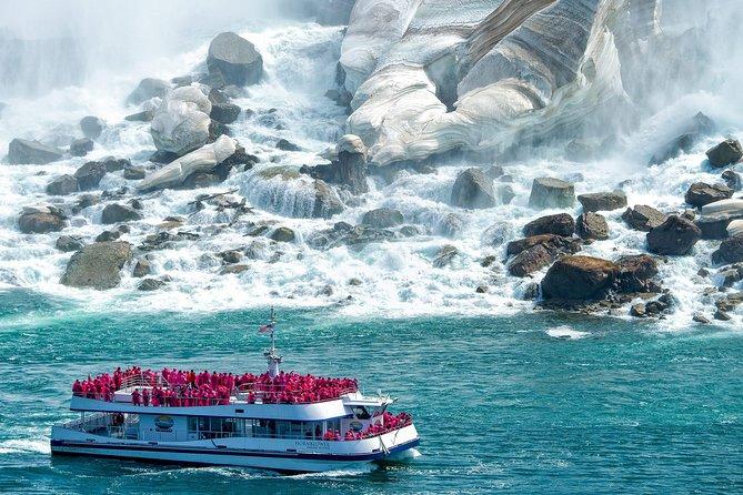 Toronto, Niagara Falls & Thousand Islands 3–DAY Trip