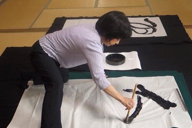 Shodo (Japanese Calligraphy) Experience near Nagoya