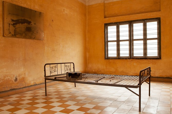 Half Day Tuol Sleng Museum and Russian Market
