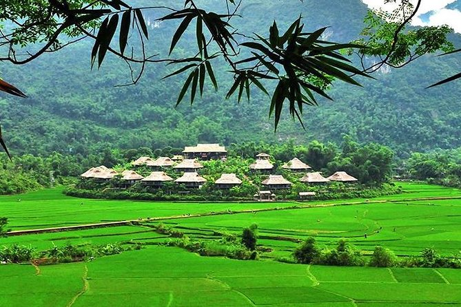 Mai Chau Getaway 1 Day from Hanoi - Small Group - Limousine bus