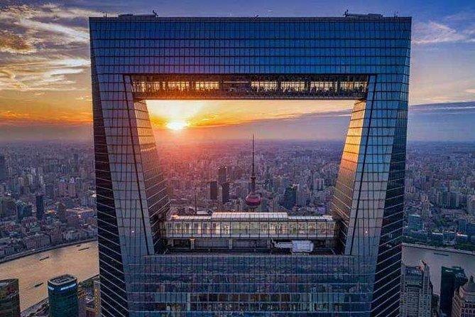 Shanghai day tour customized:Bund,YuGarden,Shanghai Tower,HuangpuRiver,Nanjinglu
