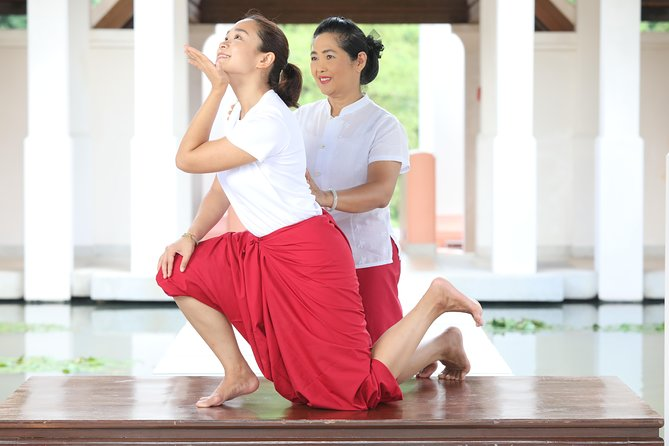 Rue Sri Dat Ton 1 Hr (Thai Yoga - Thai Prana Life-Force Therapy )