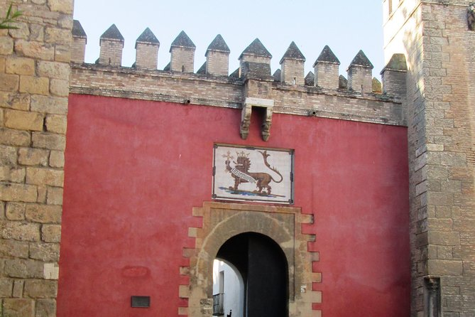 Royal Alcazares private tour