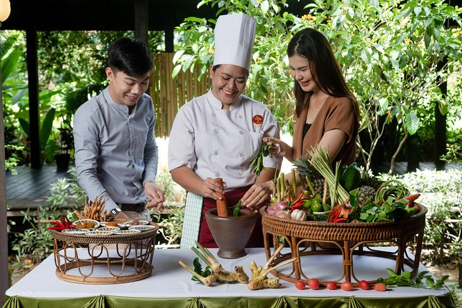 Thai Cooking Class 2 Hrs ( 2 Dishes Menu)