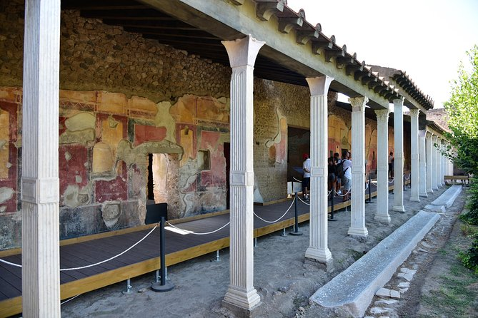 Discover Pompeii With English Guide photo 2