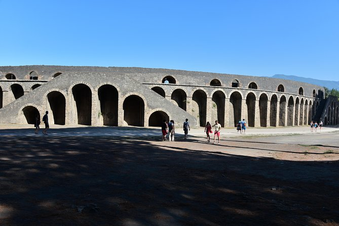 Discover Pompeii With English Guide photo 7