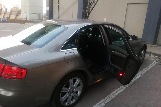 Round trip private transfer service from OR Tambo, Lanseria airport