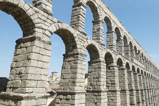 Avila and Segovia All Inclusive with Gastronomic Lunch