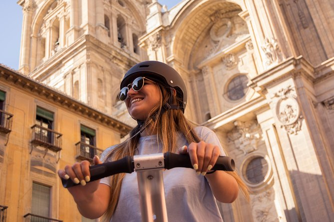 Sacromonte and Albaicin Monumental Segway Tour in Granada