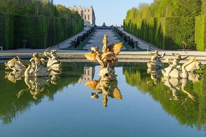 Paris and Versailles Full day Guided Discovery tour