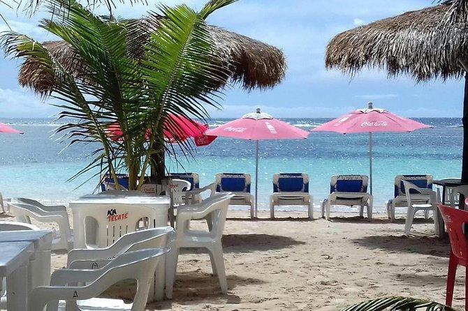 FACILITIES BEACH CLUB For A Beach Day On The Reefs.
