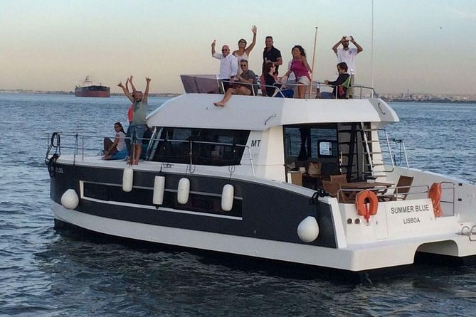 Motor catamaran up to 18 people in Lisbon photo 2