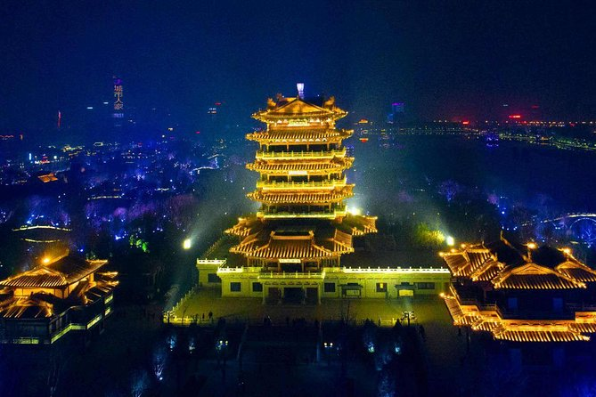 Private Night Tour of Jinan Furong Ancient Street and Daming Lake Light Show