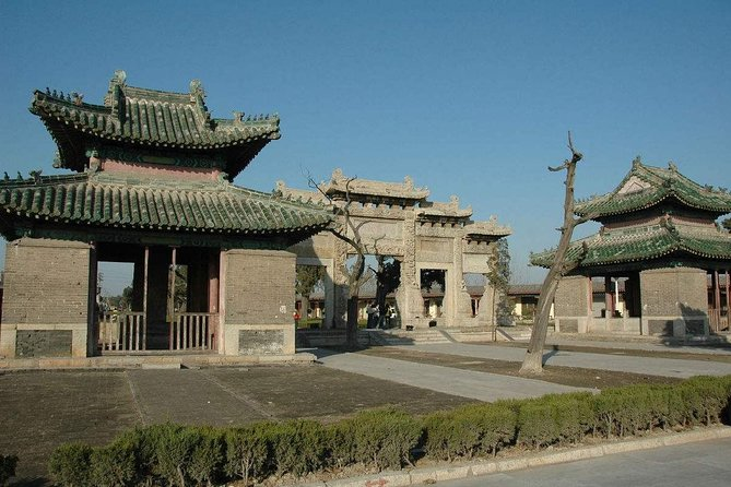 Qufu Private Walking Tour: Confucius Temple, Family Mansion and Cemetery with Lunch photo 4