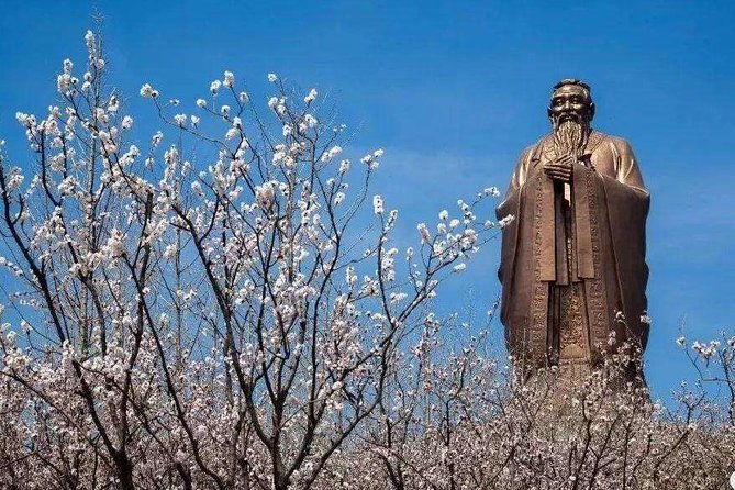 Qufu Private Tour to Confucius Temple, Family Mansion, Cemetery and Ni Mountain